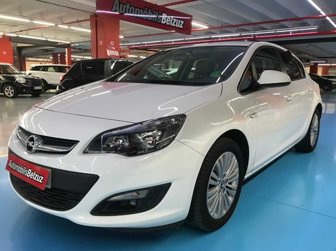 Opel Astra,10.990EUR