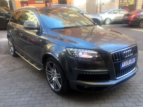 Audi Q7,28.400EUR